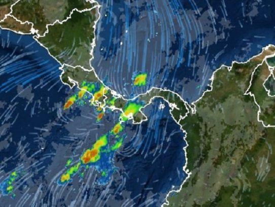 Disminuyen los fuertes oleajes en el Caribe y se mantienen lluvias en el Pacífico