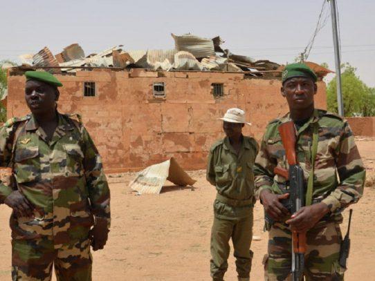 Sube a 89 el balance de soldados muertos en ataque contra un base militar de Níger