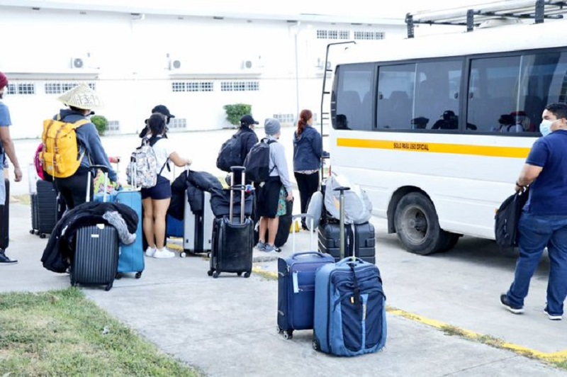 Jóvenes estudiantes son sacados de Pacora por seguridad, cesan protestas