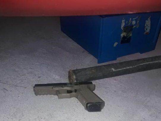 Abatido por disparar contra policías en Colón