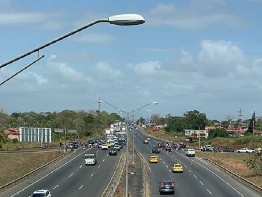 Este 2 de marzo inician trabajos de pavimentación en la Autopista Arraiján- La Chorrera