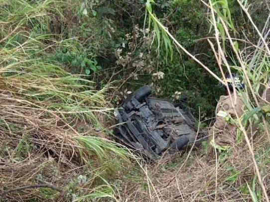 Varios heridos por vuelco de un auto en Coclé
