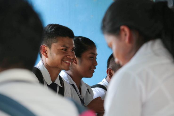Estudiantes sobresalientes podrían recibir hasta dos beneficios económicos
