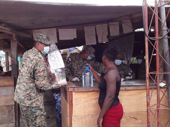 Migrantes que iban a EE.UU. varados en Darién, donde también llegó el COVID-19