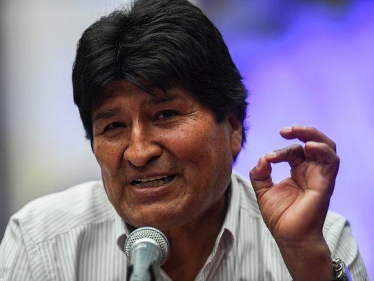 Partido de expresidente Morales encabeza intención de voto en Bolivia