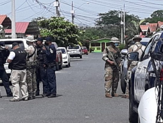 Legalizan detención a dos aprehendidos en allanamiento en Altos del Tecal