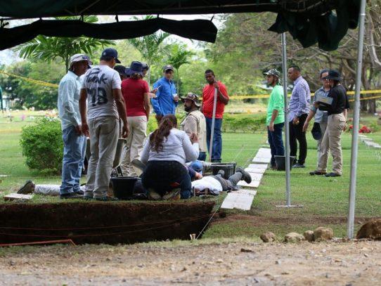 Continúa la exhumación de restos de víctimas del 20 de diciembre