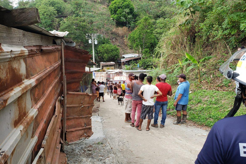 Acondicionan terreno para reubicar a familias afectadas por deslave en Villa María