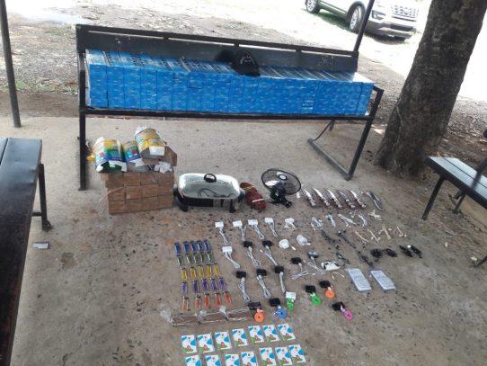 Encuentran objetos prohibidos en tanque de basura en La Joyita