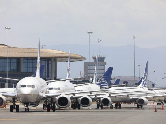 Se prorroga la suspensión de todos los vuelos comerciales internacionales