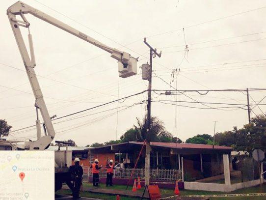 Varios sectores en Arraiján aún sin suministro eléctrico