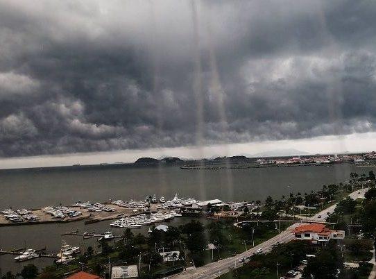 Sinaproc pide tomar precauciones por sistema de mal tiempo en el país