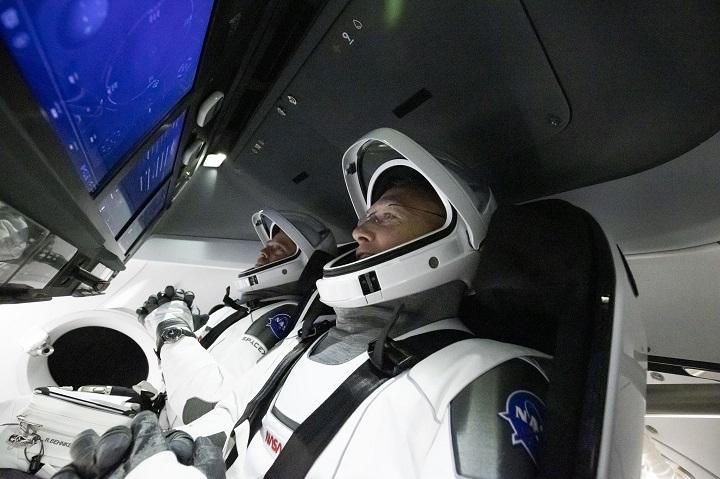 Lanzamiento del vuelo tripulado NASA-SpaceX se posterga por mal tiempo