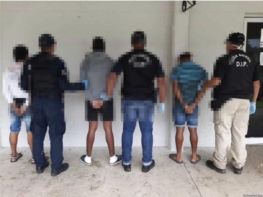 Tres detenidos en allanamientos en el sector de Kuna Nega
