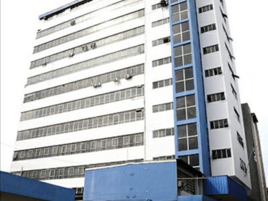 Suspenden servicios en la policlínica Presidente Remón por falta de agua