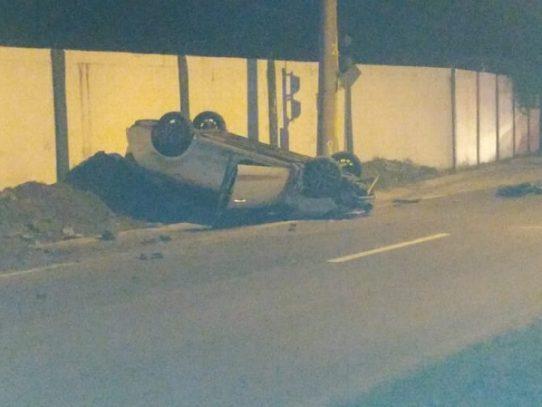Un muerto tras robo de un auto en la ciudad capital
