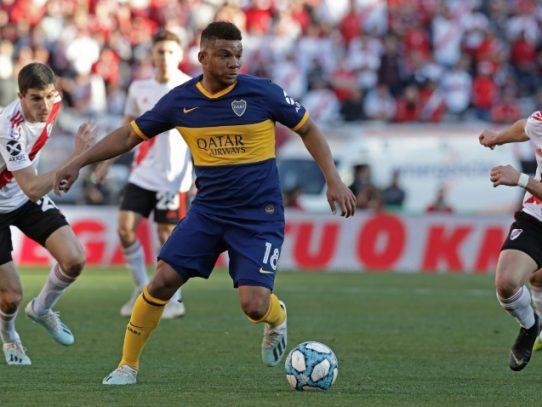 Colombiano Fabra figura en Boca y uruguayo De la Cruz en River de Argentina