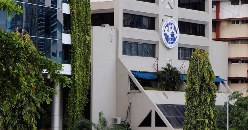 """DGI reitera  que los """"deliverys"""" deben entregar la factura fiscal"""