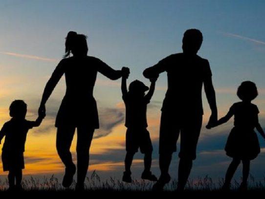 Instituto de Estudios Interdisciplinarios llama al rescate de la familia