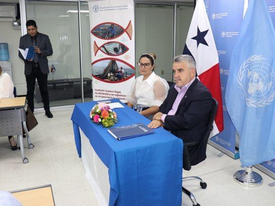 Panamá combatirá la 'pesca fantasma' con apoyo de la FAO