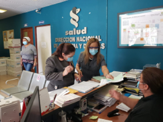 MINSA refuerza acciones contra el COVID-19 en Hospital Santo Tomás