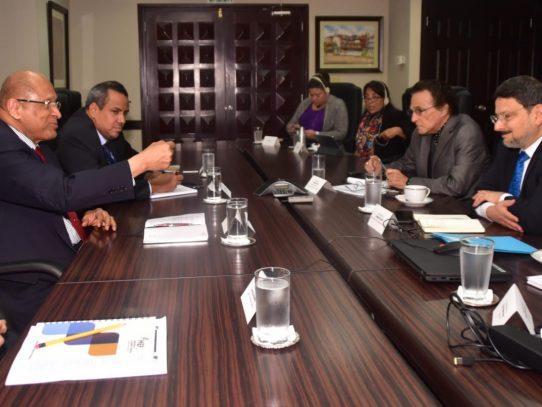 FMI recomienda a Panamá realizar esfuerzos contra el blanqueo de capitales