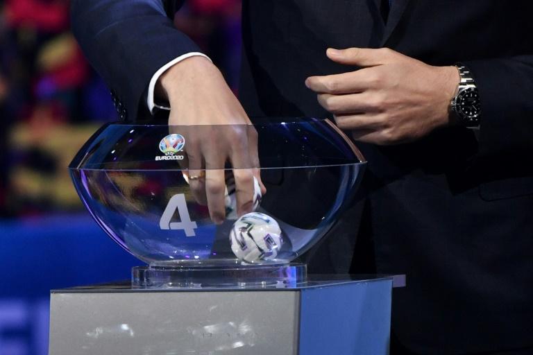 España e Irlanda no aseguran público en la Eurocopa, UEFA amplía plazo
