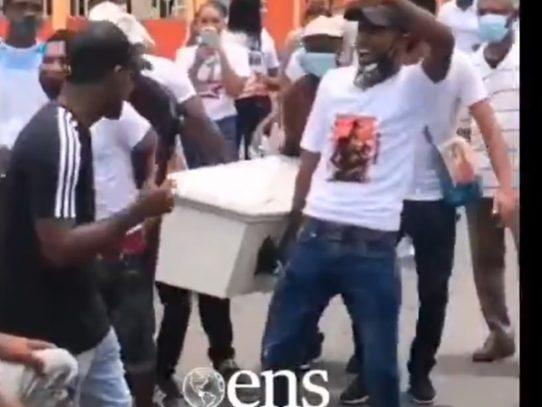 #Video: Sepelio termina en disturbio en Pacora
