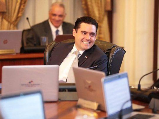 Carrizo y Turner defienden el presupuesto de emergencia por Covid-19