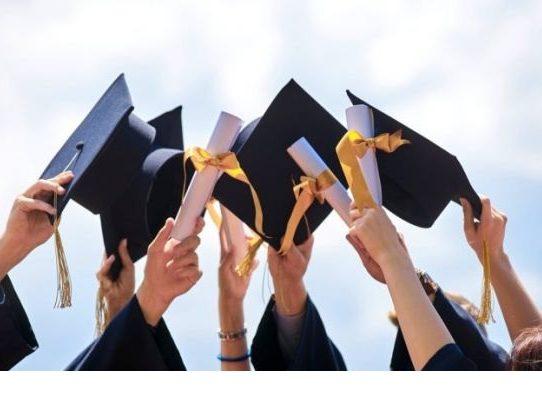 MEDUCA permitirá actos de graduación 2020