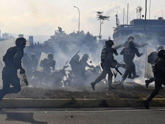 Disturbios en alrededores de base donde Guaidó anunció alzamiento militar