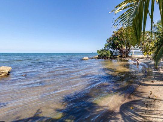 Cancelan 75% de reservas turísticas en Caribe guatemalteco por estado de sitio