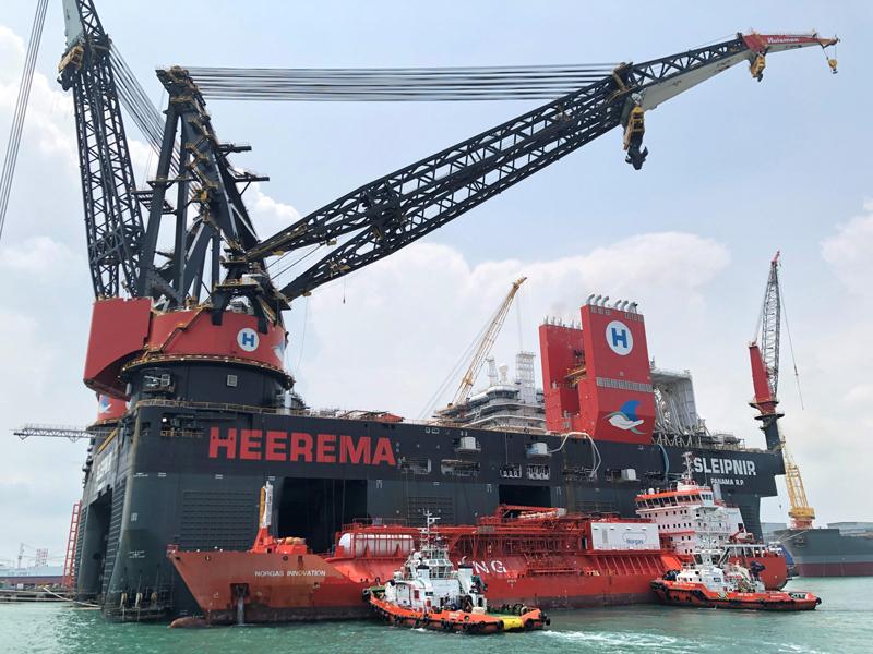 El Buque grúa sumergible más grande del mundo es registrado en Panamá