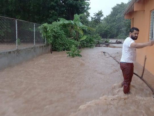 Más de una treintena de familias afectadas por lluvias de fin de semana