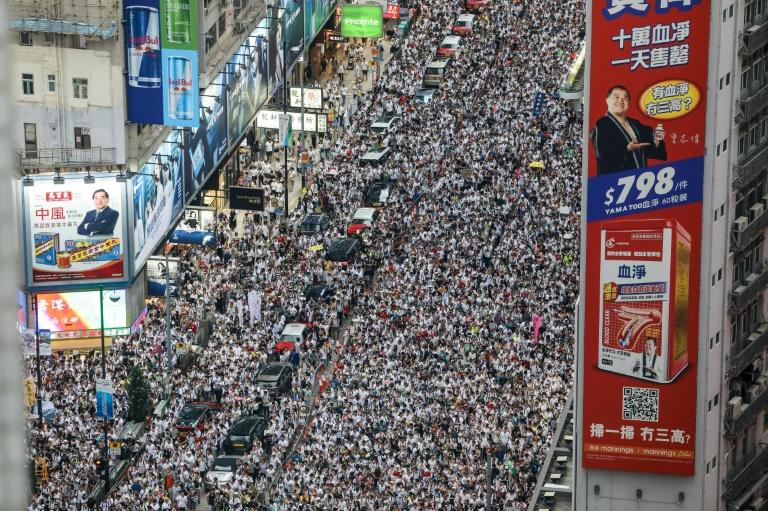 Gran manifestación en Hong Kong cuando se cumplen seis meses de protestas