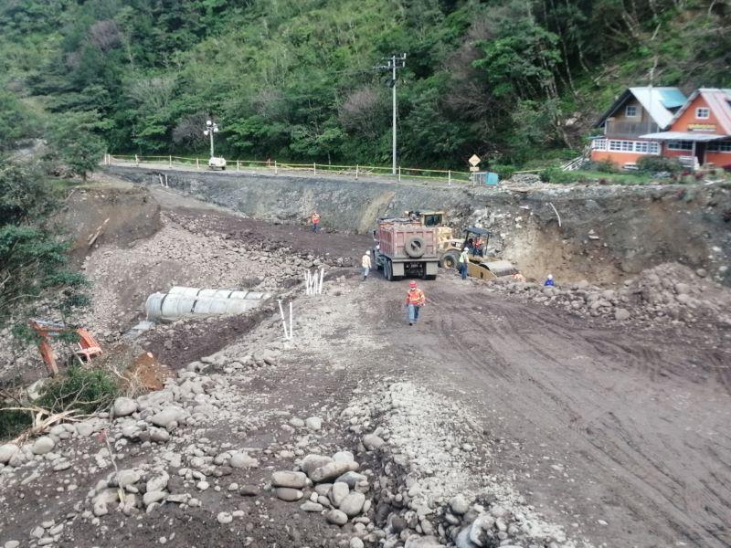 MOP permitirá hoy al mediodía paso de vehículos por vado que conecta a Bocas del Toro