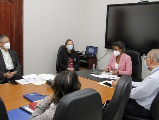 Se establece mesa de trabajo que analizará situación financiera del Hospital del Niño