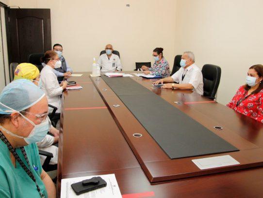 Hospital Santo Tomás extrema medidas contra Covid-19