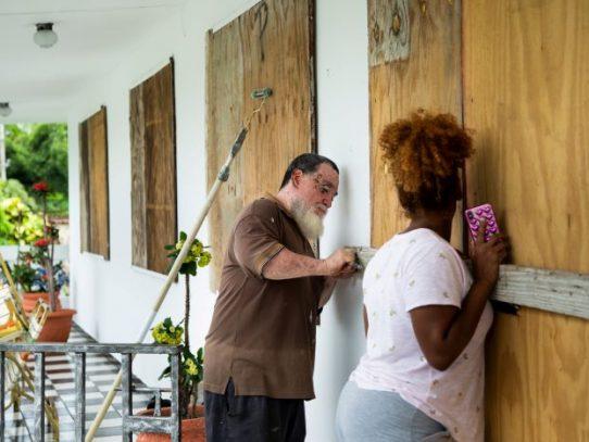 El huracán Dorian desata recuerdos traumáticos en los puertorriqueños