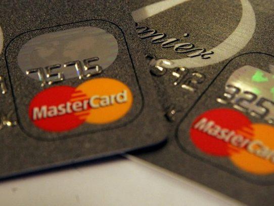 Piratean datos personales de 90.000 clientes de Mastercard en Alemania