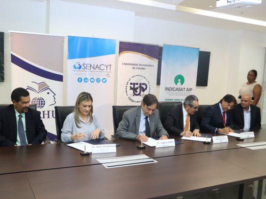 Firman convenio de becas para formar doctores en biociencias y biotecnología