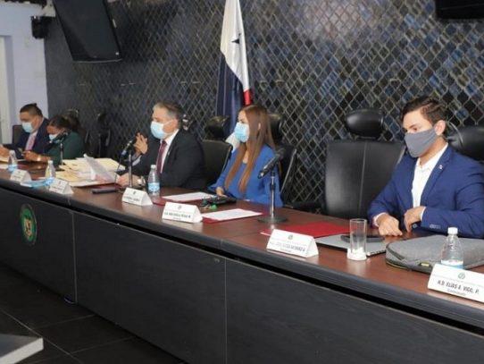 Remiten denuncias contra expresidente Juan Carlos Varela al MP