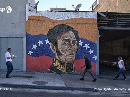 Gobierno y oposición de Venezuela establecen mesa permanente para resolver crisis
