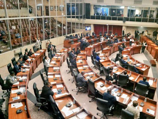 Directivos de la ACP  y el IDAAN fueron ratificados por el pleno de la AN