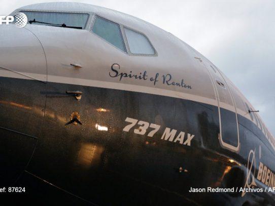 El jefe del programa Boeing 737 MAX deja la compañía, según un informe interno