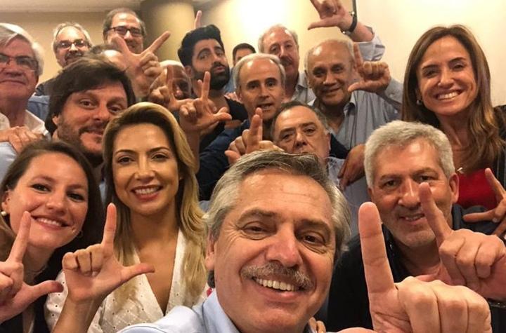 El izquierdista Fernández vence a Macri en primera vuelta de elecciones en Argentina