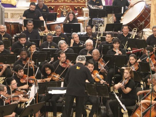 Orquesta Sinfónica de Panamá cierra temporada 2019 con gira navideña