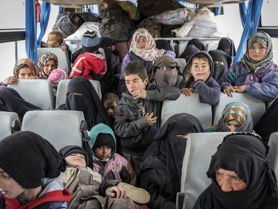 ¿Qué debe hacerse con las mujeres y los niños del Estado Islámico?