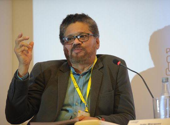 """Jueces en Colombia allanan """"muerte política"""" de número dos de FARC"""