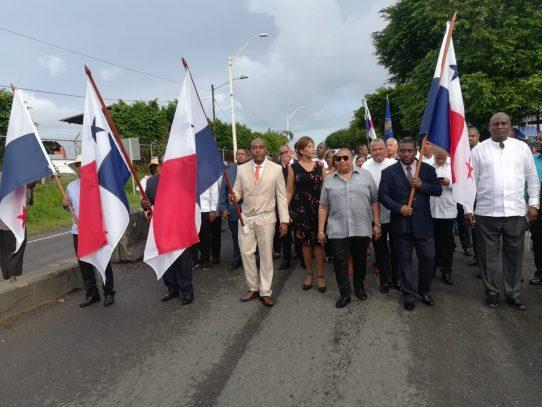 Jairo 'Bolota' Salazar recibe el Pabellón Nacional como abanderado de este 4 de noviembre en Colón